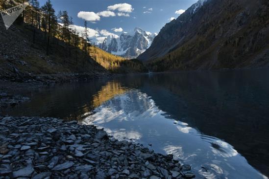 Hình Ảnh Này Có Thể Khiến Bạn Liên Tưởng Đến Dãy Alps, Nhưng Thực Chất Đây  Là Một Góc Của Hồ Shavlinskoye Ở Cộng Hòa Altai, Tây Bắc Liên Bang Nga.