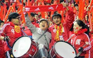 100.000 fan Trung Quốc đổ bộ, Nga