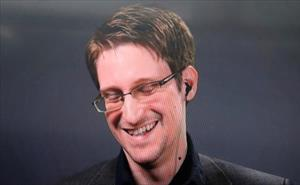 Cựu nhân viên NSA Snowden lần đầu tiết lộ chuyện kết hôn bí mật ở Nga