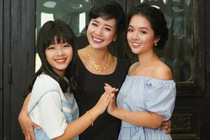 Điểm danh những cô con gái xinh như hoa của sao Việt, dự đoán sẽ là Hoa hậu tương lai