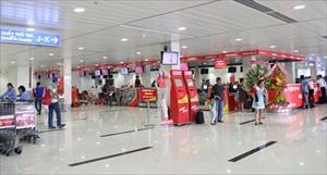 Hành khách tát thẳng vào mặt nhân viên hàng không ở sân bay Tân Sơn Nhất
