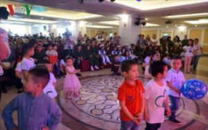 """""""Vì một ngày mai"""" gây quỹ cho trẻ em Nga và Việt Nam"""