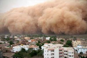 Ảnh: Kinh hoàng những trận bão cát khổng lồ nuốt chửng cả thành phố