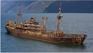 """""""Con tàu ma"""" bất ngờ xuất hiện sau 90 năm mất tích tại Tam giác quỷ"""