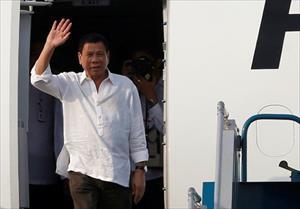 Tổng thống Philippines Duterte đến Hà Nội...