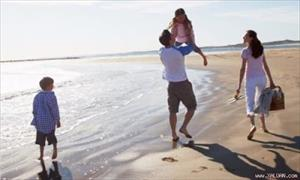 Nghiên cứu chứng minh vợ chồng đi du lịch cùng nhau dễ chia tay nhất