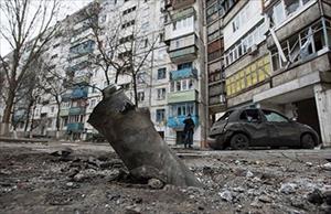 Chiến sự Ukraine leo thang: Nga bị vây ép