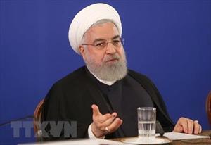 Tổng thống Iran kêu gọi đoàn kết để đối phó lệnh trừng phạt của Mỹ