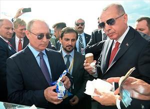 """Không chỉ là nhà lãnh đạo tài ba, Tổng thống Putin còn có phong cách """"kỳ lạ"""" nhưng đáng ngưỡng mộ"""