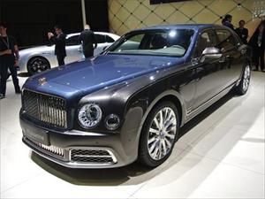 Giới siêu giàu Trung Quốc lại ồ ạt sắm xe siêu sang
