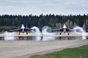 Mãn nhãn lễ tổng duyệt mừng ngày Chiến thắng của Không quân Nga