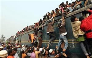 Chen chúc đánh cược mạng sống trên những đoàn tàu ở Bangladesh