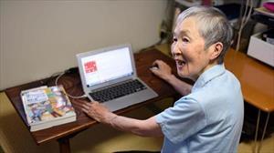 Cụ bà 82 tuổi lập trình game cho iPhone