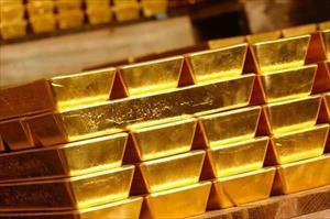 """Giá vàng hôm nay 12.9: Vàng """"rơi không thấy đáy"""", nhà đầu tư bán tháo"""