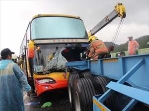 Tai nạn xe tại Đài Loan, 11 du khách Việt bị thương