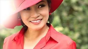 Chỉ với một status, Phương Thanh vạch trần sự thật showbiz Việt