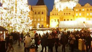 Không khí chuẩn bị Giáng sinh rộn ràng khắp thế giới