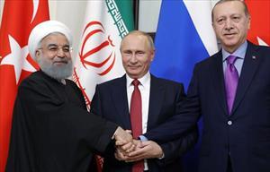 """Tổng thống Putin lại ghi điểm trên """"mặt trận"""" Syria"""