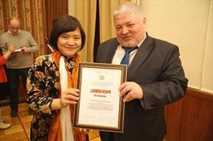 Nữ dịch giả Việt Nam nhận giải thưởng văn học dịch Nga
