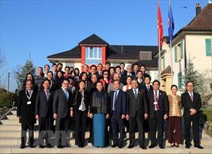 Chủ tịch Quốc hội thăm Phái đoàn, Đại sứ quán Việt Nam tại Thụy Sĩ