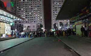 Nữ sinh khai nhận sinh con và ném xuống sân chung cư Linh Đàm