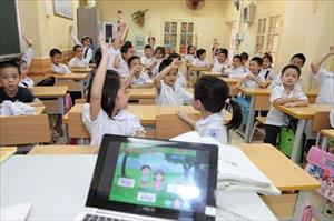 Trẻ học tiếng Anh sớm, làm sao để không bị rối loạn ngôn ngữ?