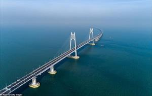 Ảnh: Toàn cảnh cây cầu vượt biển dài nhất thế giới của Trung Quốc