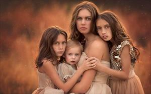 Tình yêu của bà mẹ 11 con qua những bức ảnh tuyệt phẩm
