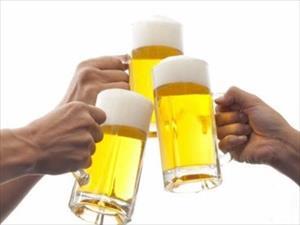 Học người Nhật phòng ngừa rối loạn tiêu hóa do uống rượu bia dịp Tết