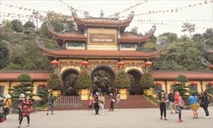 Ai chịu trách nhiệm vụ việc chùa Ba Vàng?