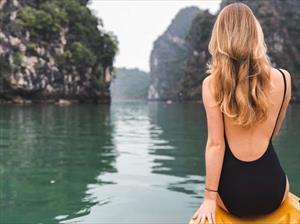 Nghỉ lễ dài ngày, tìm đường tránh nóng ở 7 vùng biển đẹp trong nước