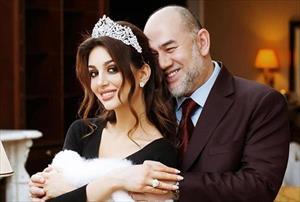 Cựu vương Malaysia lặng lẽ ly hôn với người đẹp Nga