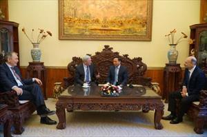 Đại sứ Ngô Đức Mạnh tiếp Phó Chủ tịch thứ nhất Duma Quốc gia Nga I. Melnikov