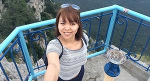 Cuộc phiêu lưu cô gái Việt ở Crưm