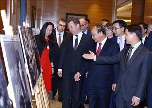 Quan hệ truyền thống và hợp tác toàn diện Việt - Nga qua các bức ảnh
