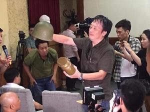 Tranh cãi nảy lửa giữa nghệ sĩ Hãng phim truyện và Hội đồng quản trị