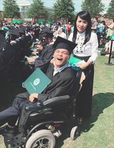 """Hai du học sinh Việt được vinh danh """"người hùng"""" ở nước ngoài năm 2017"""