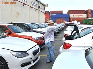 """Hàng trăm xe BMW dính án gian lận """"phơi mình"""" tại cảng VN"""