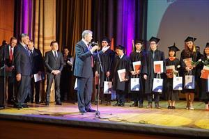 Nhóm sinh viên thứ hai tốt nghiệp xuất sắc ngành điện hạt nhân tại Nga