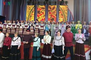 """Sắc màu sặc sỡ quyến rũ của festival nghệ thuật Slav """"Cánh đồng Nga"""""""