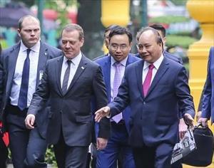 Thủ tướng Việt - Nga trao đổi nhiều dự án hợp tác quan trọng