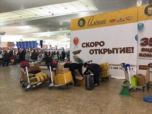 """""""Shipper hàng không"""", nghề cực nhọc của người Việt ở Nga"""