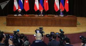 Họp báo ở Sochi, ông Putin làm đổ ghế ông Erdogan (Video)