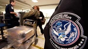 """Nga tố Mỹ tìm cách dựng """"bức tường thị thực"""""""