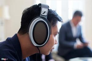 Tai nghe giá 1,7 tỷ đồng của Sennheiser về Việt Nam