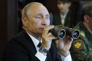 Ông Vladimir Putin đích thân thị sát uy lực của dàn vũ khí tối tân trong Zapad 2017