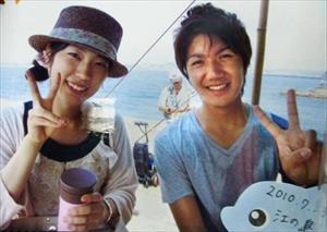 Hôn phu thường dân của công chúa Nhật Bản: Hoàng tử tỉnh lẻ được yêu thích