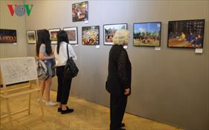 """Triển lãm ảnh """"Việt Nam - Đất nước, con người"""" tại Nga"""