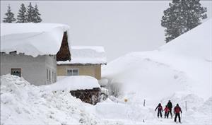 Thêm nhiều nước châu Âu đối mặt với thời tiết khắc nghiệt