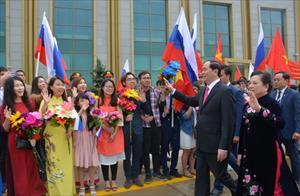 Tin ảnh: Lễ tiễn Chủ tịch nước Trần Đại Quang tại sân bay Vnukovo-2